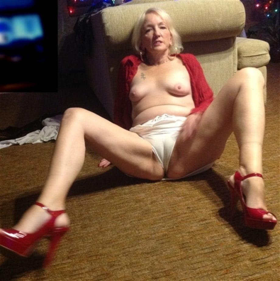 Снять старую проститутку во Фрязино за деньги